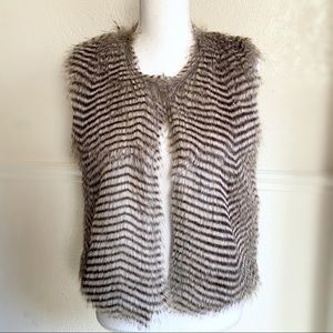 Girls Soft Faux Fur Vest Size L